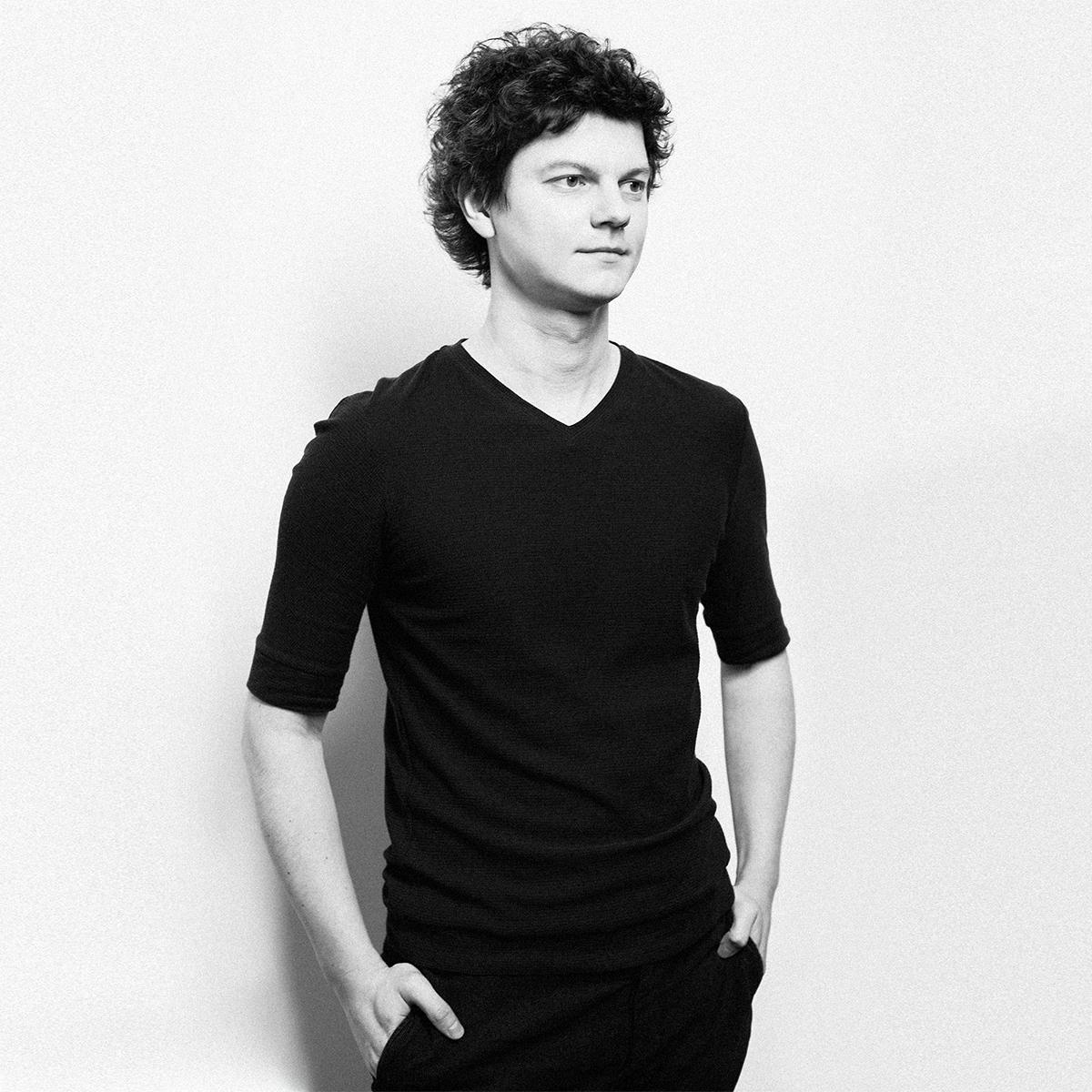Денис Лапшинов